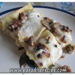 <!--:it-->Lasagna bianca con funghi e salsiccia<!--:--><!--:se-->Lasagne bianco med champinjoner och salsiccia<!--:-->